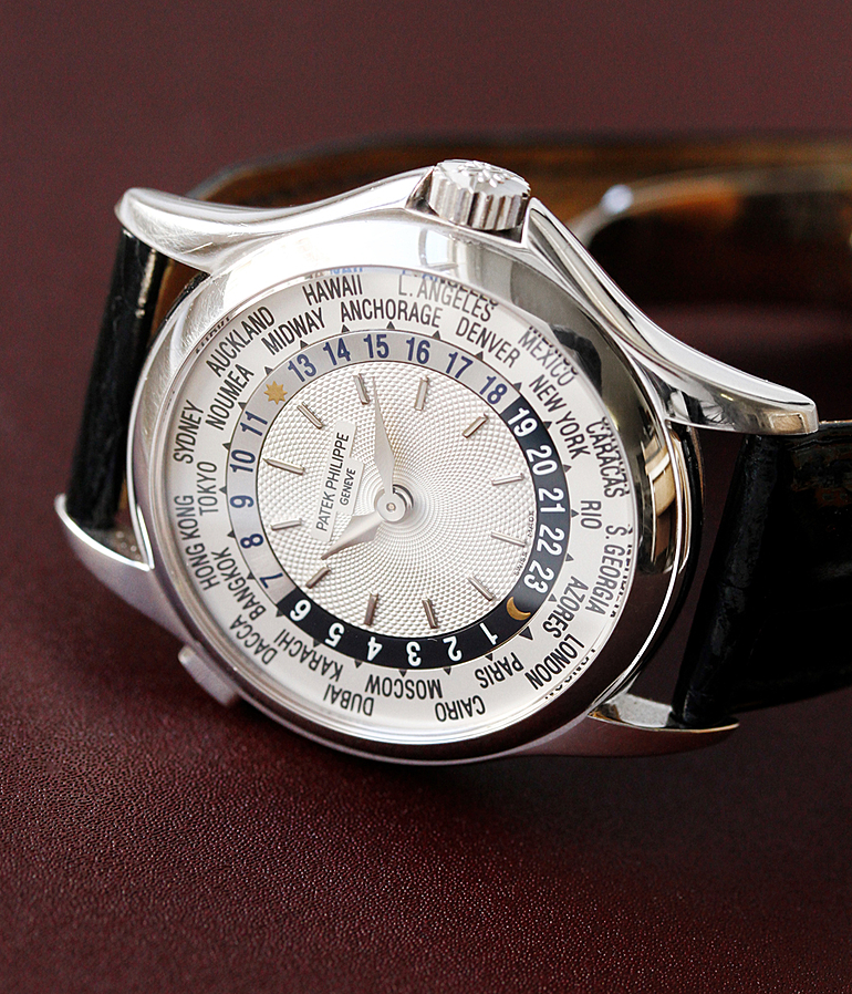 Patek Philippe Worldtimer RefId 5110G-001 year 2002 Gents Watches, Vintage | Meertz World of Time