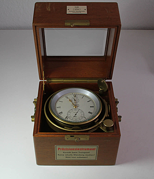 Lange & Söhne Schiffschronometer year ca. 1960 Deck-Chronometer | Meertz World of Time